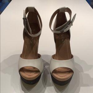 Aldo Kanosh White Leather Wedges